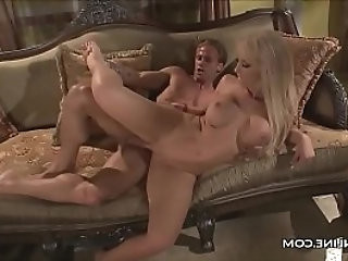 Jessica Lynn Hops On A Cock And Rides