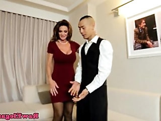 Classy cougar fucking lucky room service guy